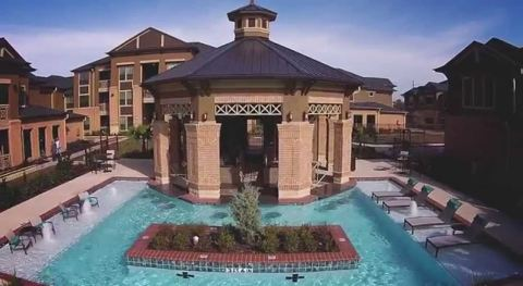 Grand Fountain Apartments in Richmond, Texas (Photo: Business Wire)