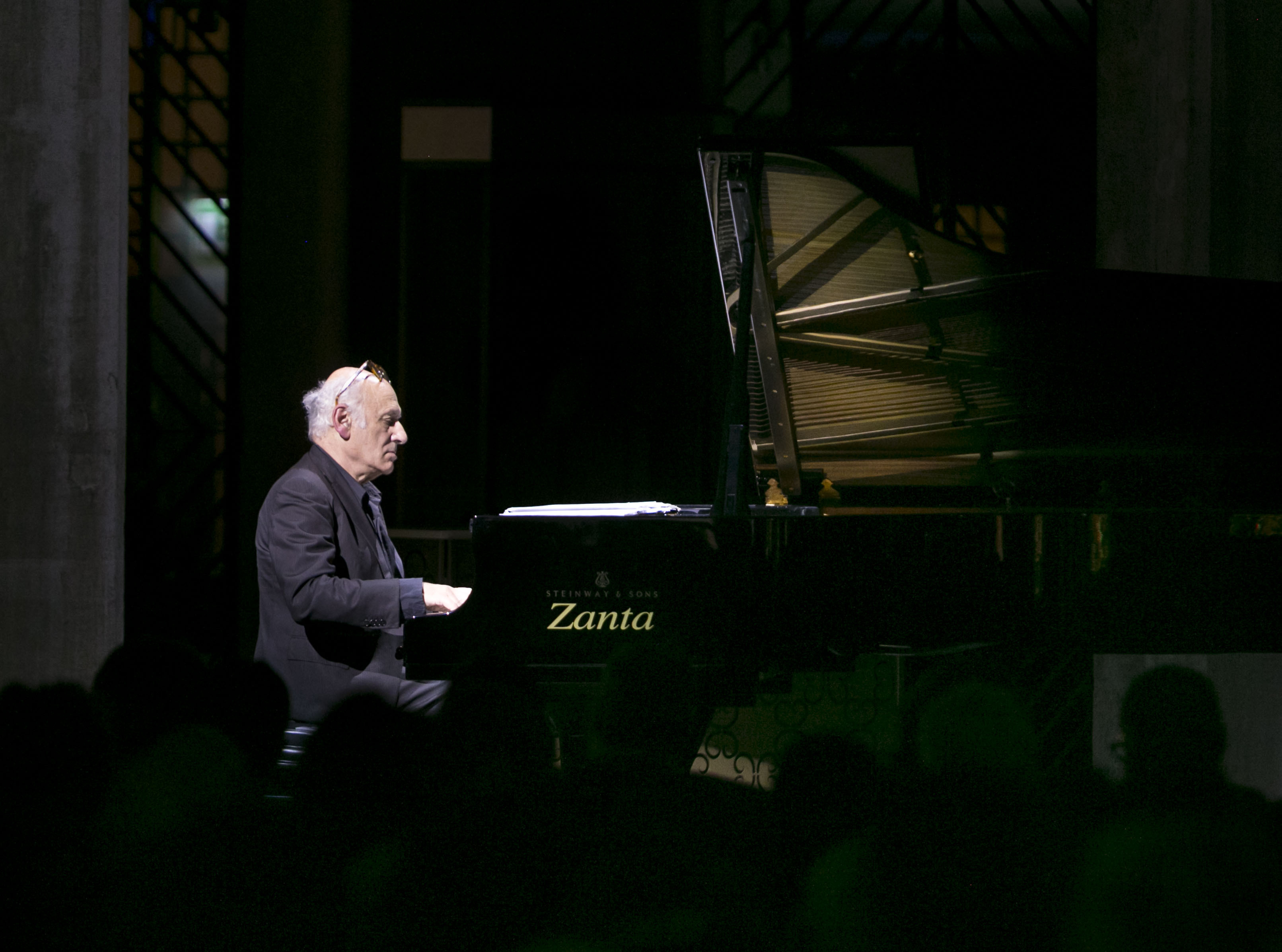 World-renowned composer and pianist Michael Nyman performed a solo concert at T Fondaco dei Tedeschi to help raise funds for those affected by the recent earthquakes in Italy. (Photo: Business Wire)