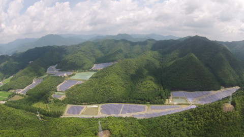 14.5MW solar power plant in Taka Town, Hyogo Prefecture of Japan (Photo: Business Wire)