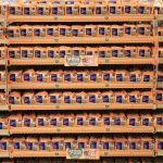 Starting Giving Tuesday 2016, Southeastern Grocers will donate five cents to Feeding America through their new hunger relief program for every loaf of SE Grocers sandwich bread purchased by customers through November 2017. (Photo: Business Wire)