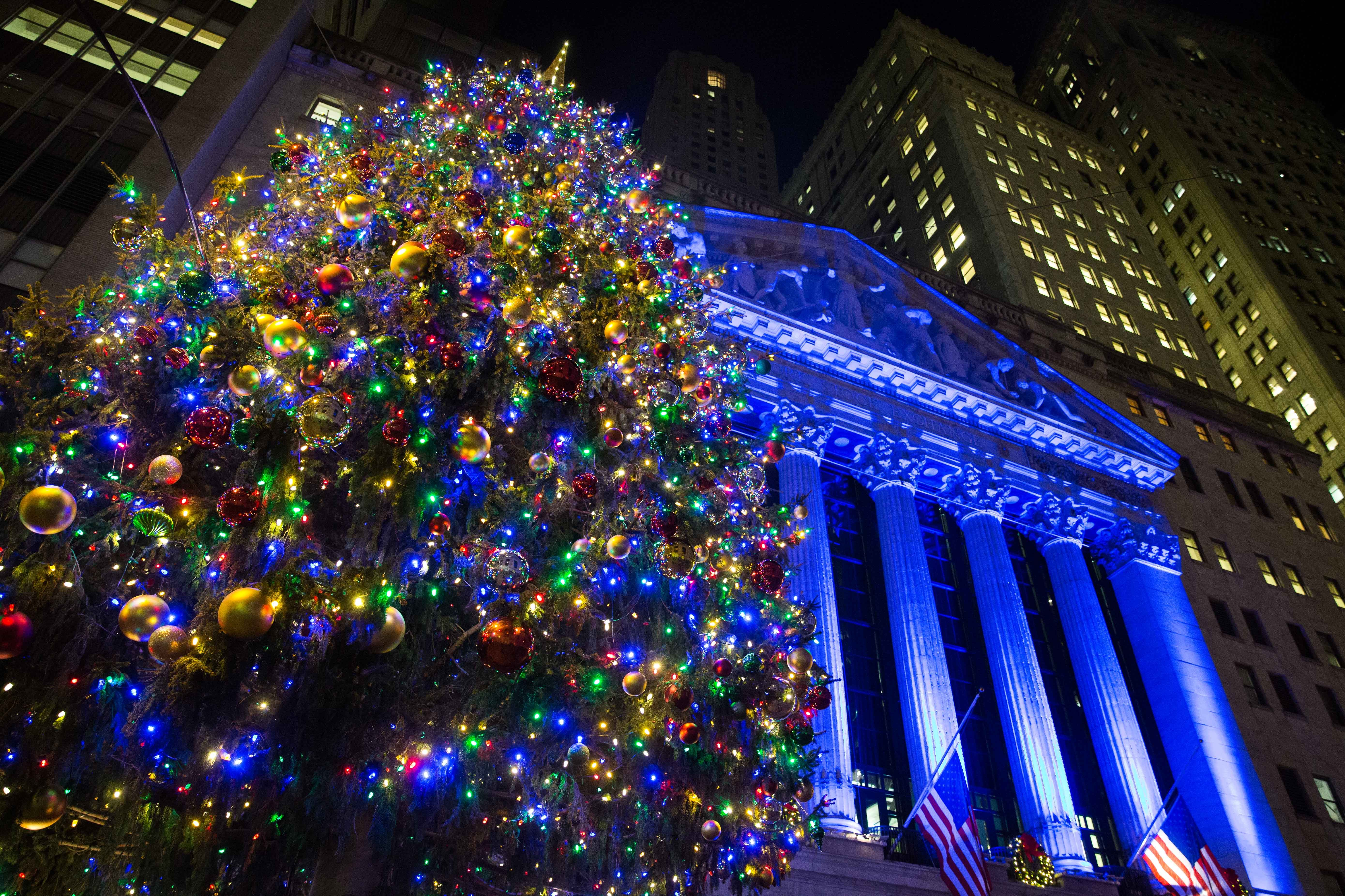 new york stock exchange celebrates 93rd annual christmas tree lighting on dec 1 business wire