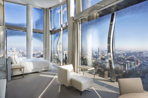 Marriott International - The Westin Hamburg - Panorama suite (Photo: Business Wire)