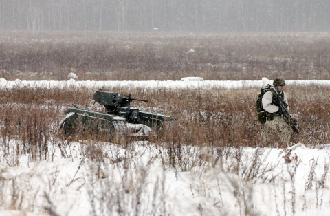 The THeMIS ADDER in action with Estonian Defence Forces soldiers. (Photo: Business Wire)