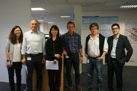 Signature of the CIMC IT / TRAXENS Agreement in TRAXENS offices in Marseilles, France on 18th November 2016  From left to right Xin Tong, Business manager, CIMC IT; Michel Fallah, Founder and CEO, TRAXENS; Likun Shi, Vice General Manager, CIMC IT; Jacques Delort, VP Strategic Marketing & IT, TRAXENS; Tim Baker, Marketing and Communications Director, TRAXENS; Lucas Moulin, Program Director, TRAXENS