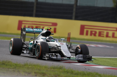 Nico Rosberg in the MERCEDES AMG PETRONAS Formula OneTM team car. (Photo: Axalta)