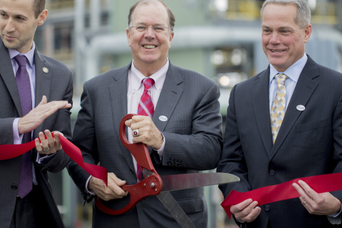 Alan McKim, chairman and CEO of Clean Harbors, cuts the ribbon to open a new hazardous waste incinerator facility in El Dorado, Ark., on Dec. 6, 2016. (Gareth Patterson/AP Images for Clean Harbors)