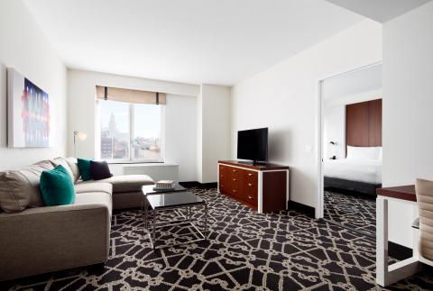 ヒルトン・ホテルズ&リゾーツは本日、ヒルトン・ブルックリン・ニューヨークの画期的なオープンでブルックリンのボーラムヒルに進出。(写真:ビジネスワイヤ)