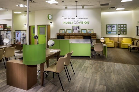 Pearle Vision opens at The Shoppes at Parma (Photo: Business Wire)