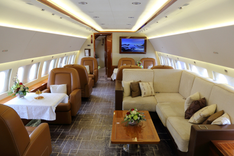 High life a christmas new year 39 s concert on an airbus for Interieur jet prive
