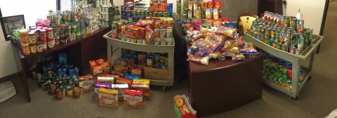 Pillar Income and TCI Collect Over 1400 Pounds of Food for North Texas Food Bank. (Photo: Business Wire)