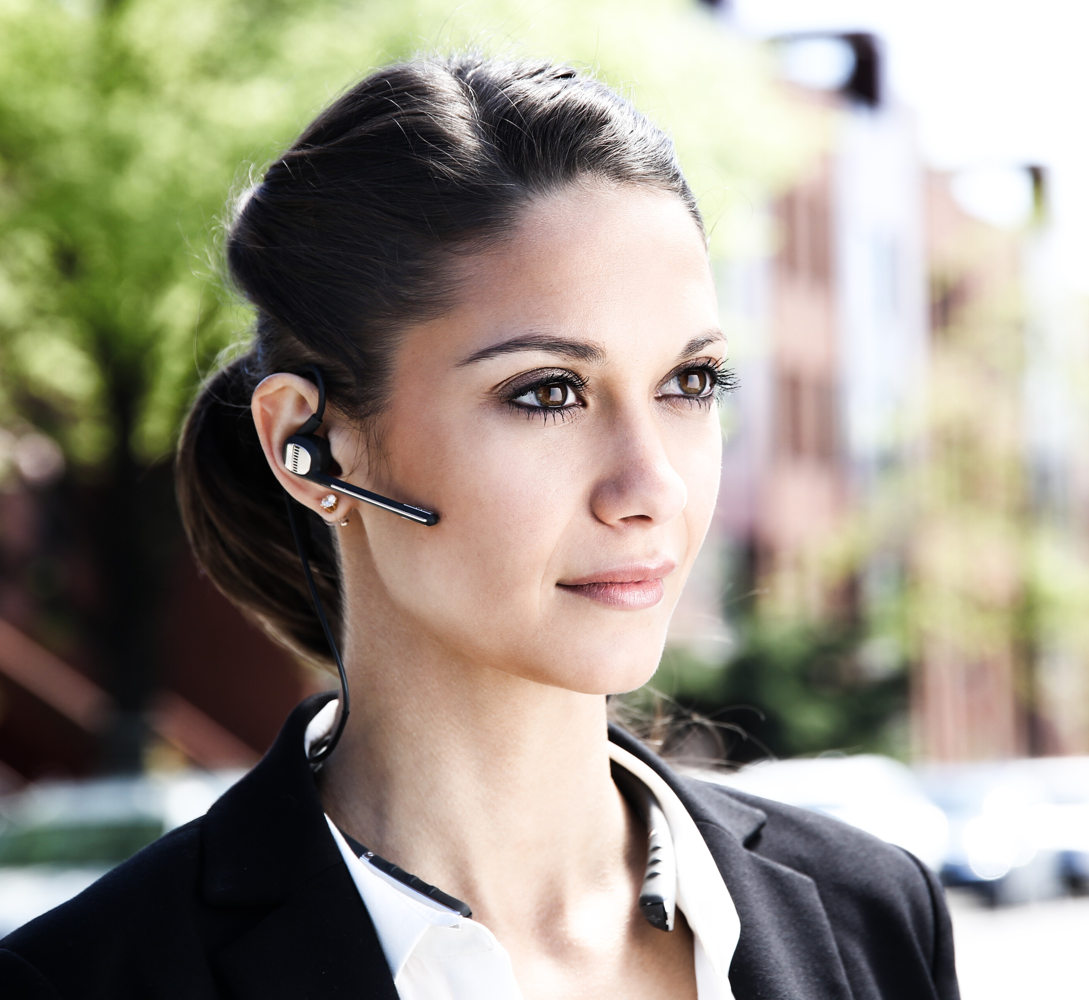 The OV smart headphones from ONVOCAL connect listeners to the physical and digital worlds through the power of voice and sound.(Photo: Business Wire)