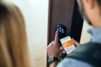 Vivint simplifies hosting with automatic keyless access  (Photo: Business Wire)
