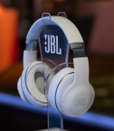 JBL Everest Elite 700 with SDK (Photo: Business Wire)
