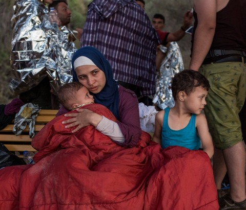 Picture of refugees in multiple camps (Photo: Business Wire)