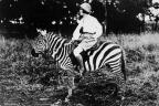 Osa in Africa, 1921. (Photo: Martin & Osa Johnson Safari Museum)