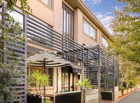 AiRstayz™ is elevating the guest experience at Birches Serviced Apartments with the OpenKey app (Photo: Business Wire)