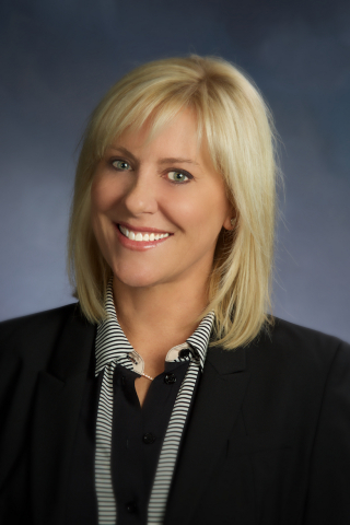 SUPERVALU names Anne Dament as its Senior Vice President of Retail, Merchandising and Marketing. (Photo: Business Wire)