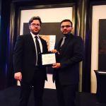 Mahmood Shaikhani awarded by Le Fonti's President, Guido Giommi (Photo: Business Wire)