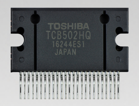 """Toshiba: a 4-channel power amplifier IC """"TCB502HQ"""" for car audio that detects output offset voltage, a factor in speaker burnout. (Photo: Business Wire)"""