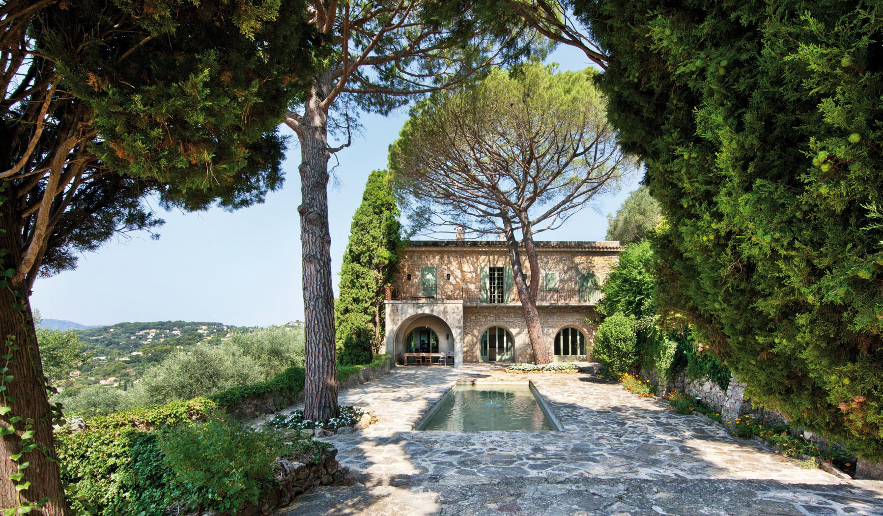 Picasso estate sold to scepter chairman rayo withanage for Le jardin mougins