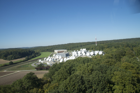 SES and Satcom Global sign an agreement for global Ku-band network (Photo: Business Wire)