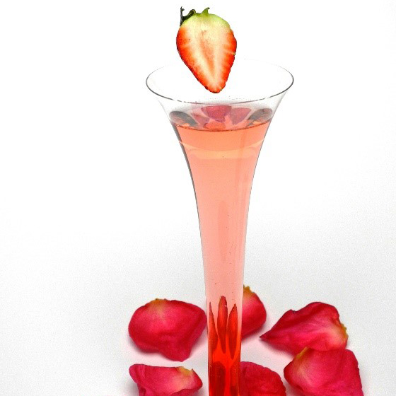 This Valentino cocktail by Southern Glazer's mixologist, Armando Rosario, is a perfect Valentine's Day libation for a party, date night, or sipping solo. (Photo: Business Wire)