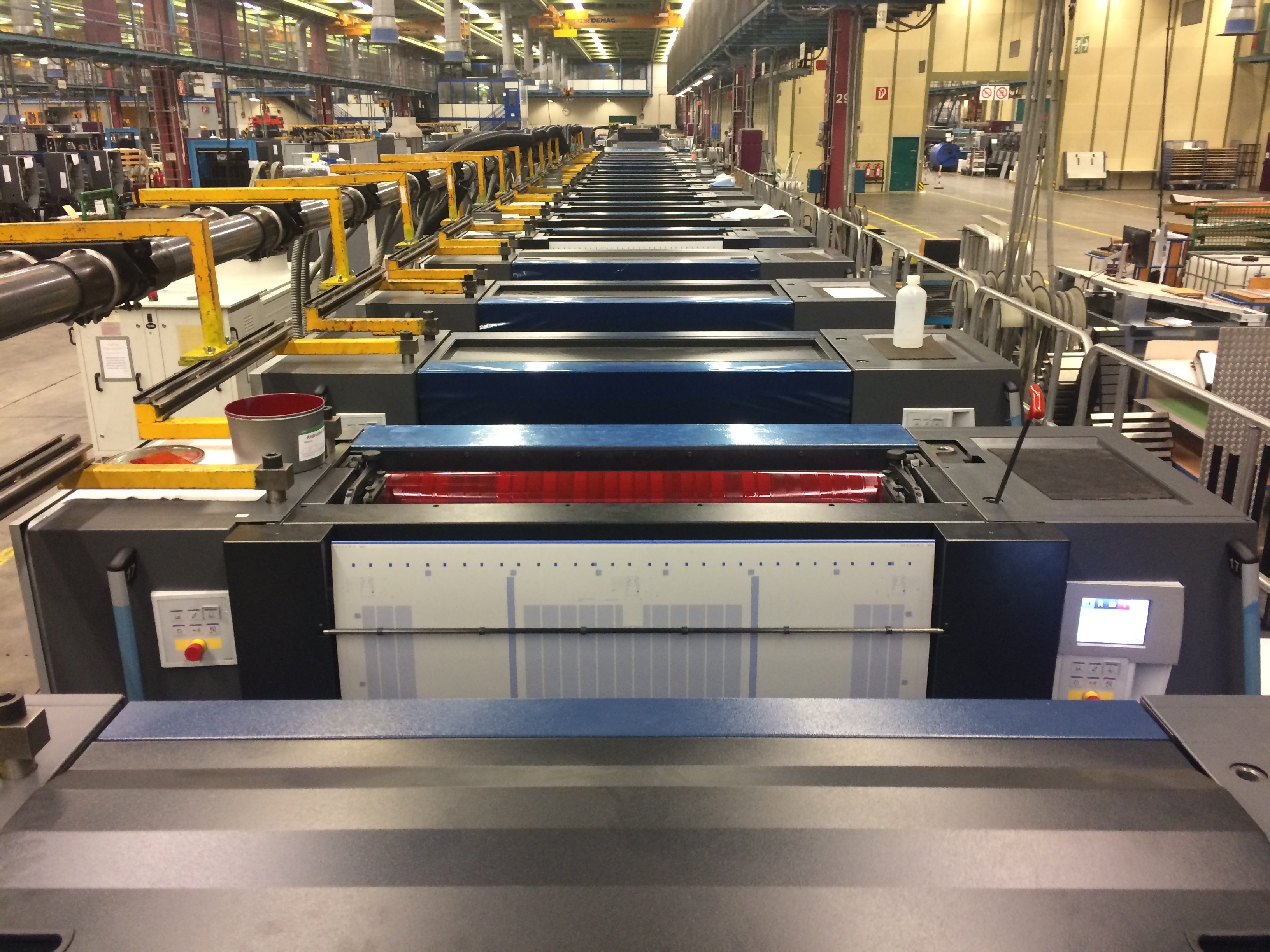 """Multi Packaging Solutions (""""MPS""""), a global leader in value-added print and packaging solutions for the healthcare, branded consumer and multi-media markets, has responded to customer demand by installing the most versatile press Heidelberg has ever manufactured for premium packaging - an 18-unit Speedmaster XL 106 press. (Photo: Business Wire)"""