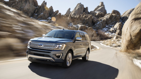 Aluminum construction makes 2018 Ford Expedition lighter, but it's still a behemoth