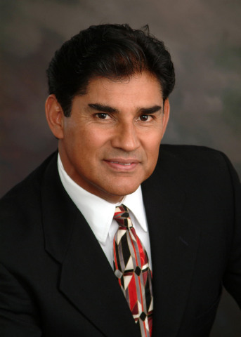 Antonio Rosales, Bilingual Residential Mortgage Loan Consultant, Exchange Bank (Photo: Business Wire)
