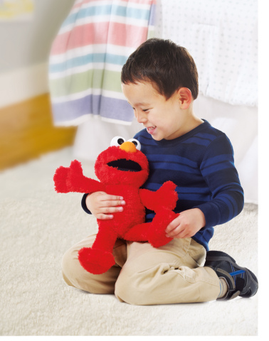 TICKLE ME ELMO Toy (Ages 18 months - 4 years/Approx. Retail Price: $29.99/Available: Fall 2017) (Photo: Business Wire)