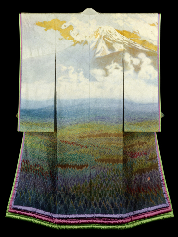 Beautiful kimono masterpieces by the prominent artist Itchiku Kubota will be on display in Keio Plaz ...