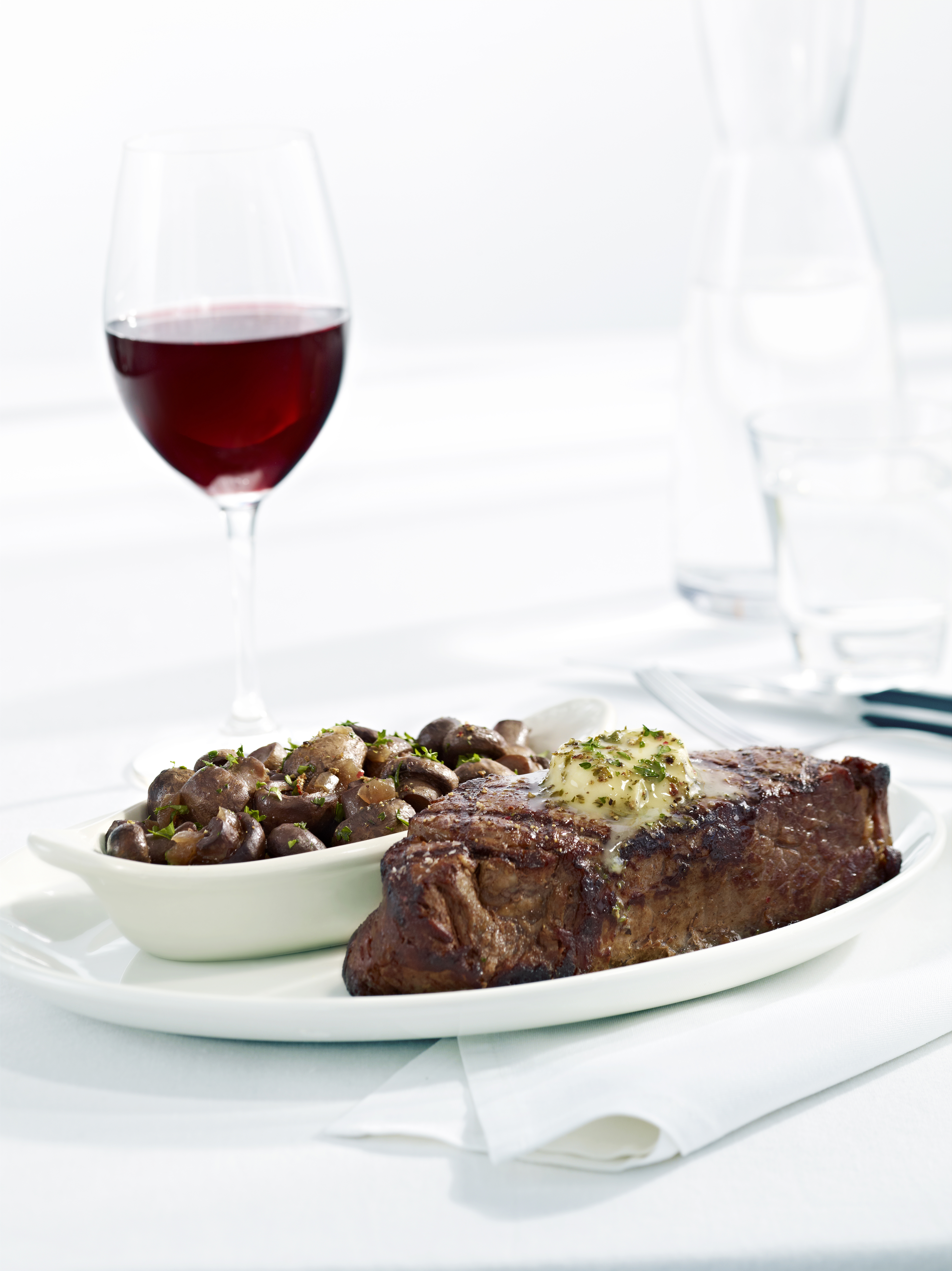 New York Strip Steak with Burgundy Button Mushrooms (Photo: Business Wire)