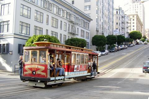 San Francisco Cable Car (Photo Credit: © Muni)