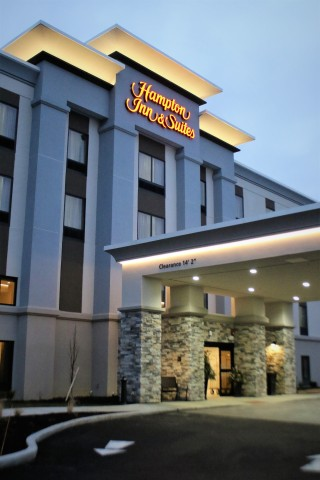 Hampton Inn & Suites by Hilton Alliance, OH scheduled to open soon in the Midwest region (Photo: Business Wire)