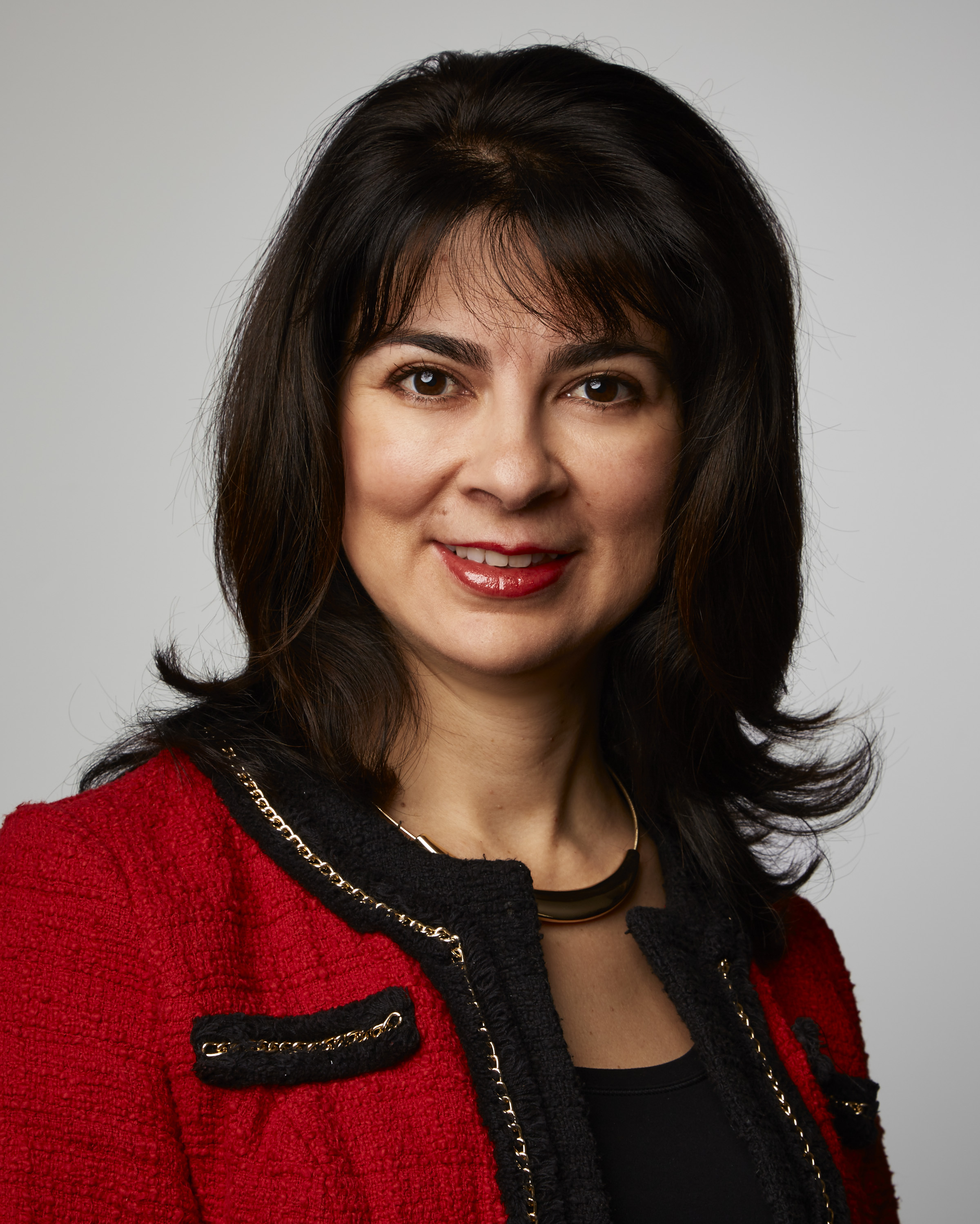 Lesly Marban, chief marketing officer, Medline (Photo: Business Wire)