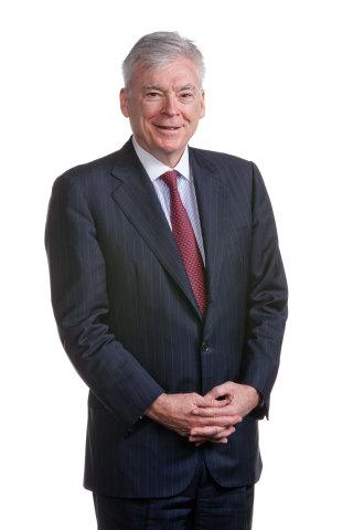 Michael J. Dolan, quittera son poste de PDG de Bacardi Limited, à compter du 1er avril 2018. Dans l'intervalle, M. Dolan restera PGD, tandis que Mahesh Madhavan, chez Bacardi depuis 20 ans, assumera le poste de président régional pour l'Europe pendant une bonne partie de 2017. M. Dolan continuera de siéger au conseil d'administration de Bacardi Limited jusqu'à l'assemblée générale annuelle de 2019, au moment de son départ en retraite. (Photo : Business Wire)