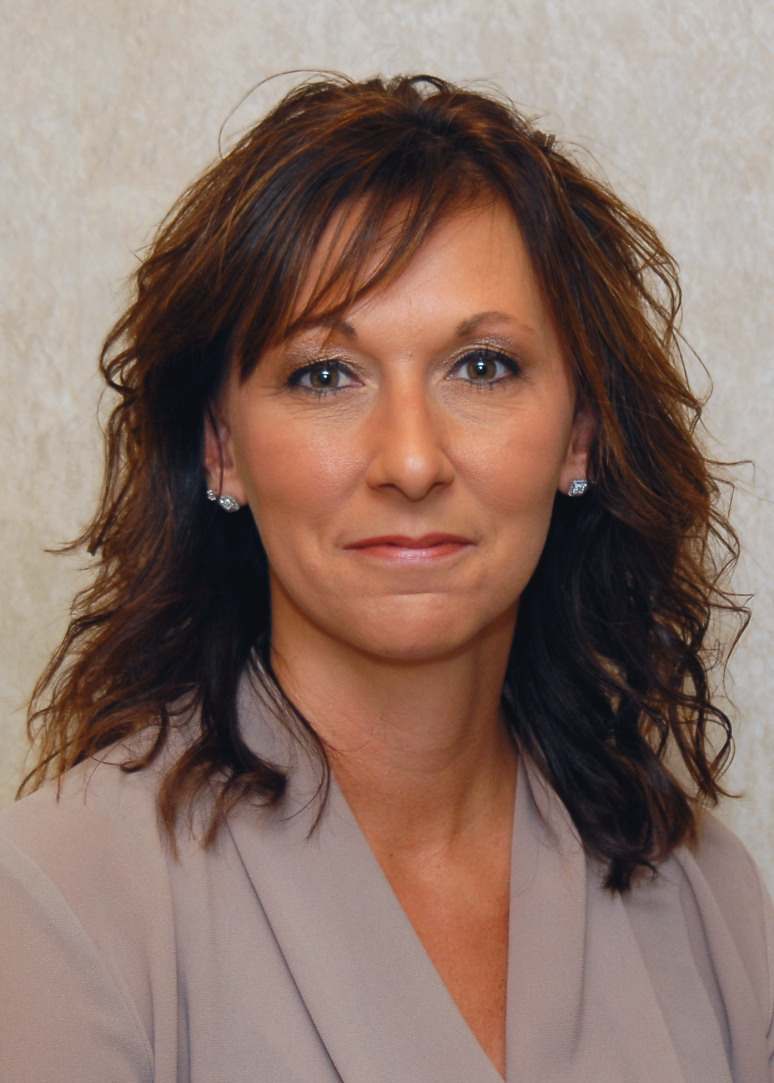 Stacie Rampe, Cooper Tire & Rubber Company's Corporate Benefits and Payroll Manager based in Findlay, Ohio, has been honored by The Manufacturing Institute with a 2017 STEP Ahead Award. (Photo: Business Wire)