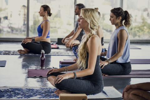 Susan G. Komen and Manduka are teaming up for project:OM - a One Million person rally call to support breast cancer research and community programs. (Photo: Business Wire)