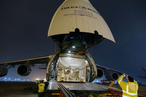 The departure of SES-15 from Los Angeles International Airport to Kourou, French Guiana (Photo: Busi ...