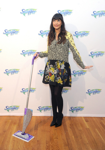 """New Girl"" actress Hannah Simone helps celebrate Swiffer's 18th birthday and learns that #adulting is easy with Swiffer, Thursday, March 16, 2017, in New York. (Photo by Diane Bondareff/Invision for Swiffer/AP Images)"