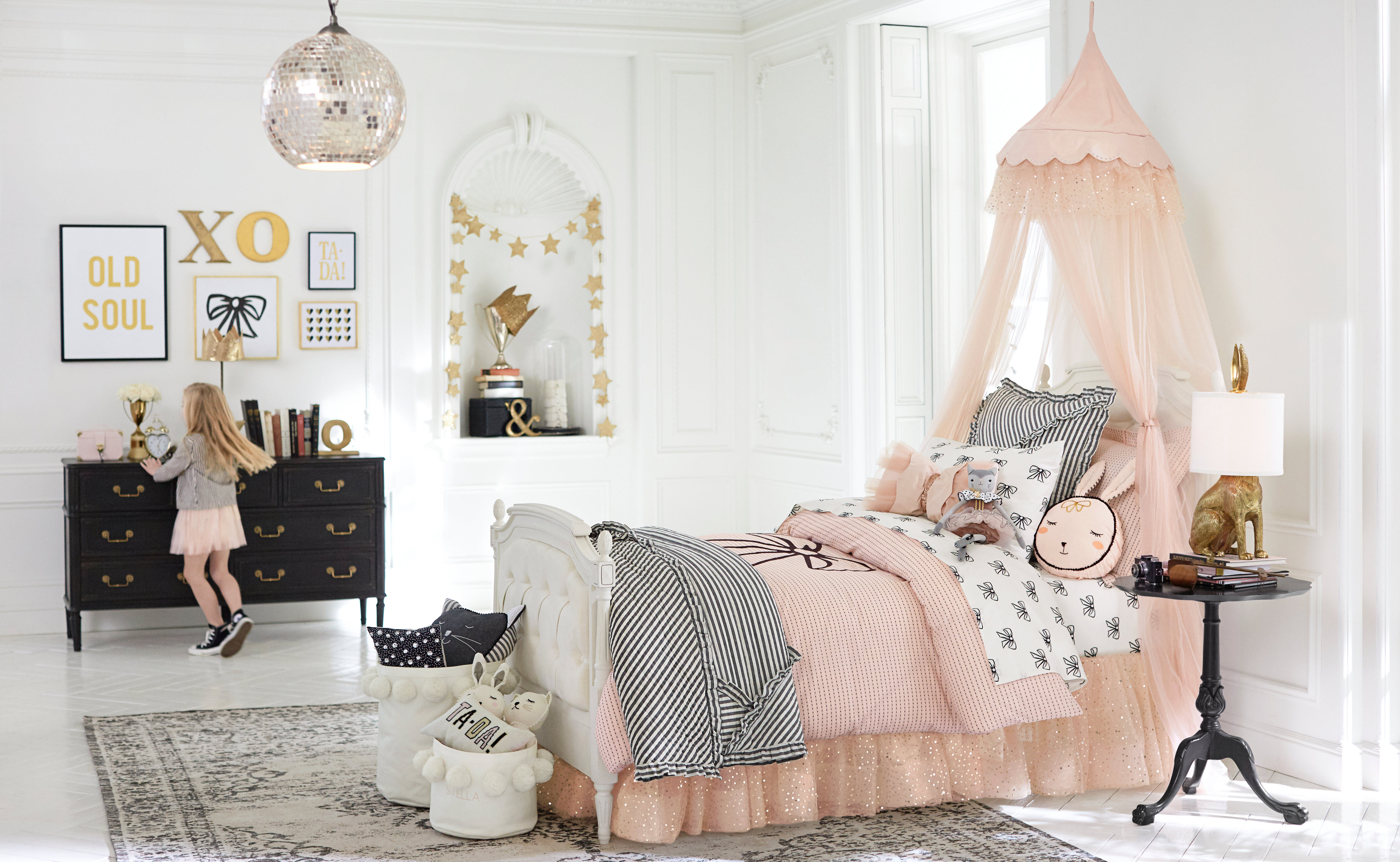 Pottery Barn Kids Bedroom Furniture Pottery Barn Kids Unveils Imaginative New Collection With Fashion
