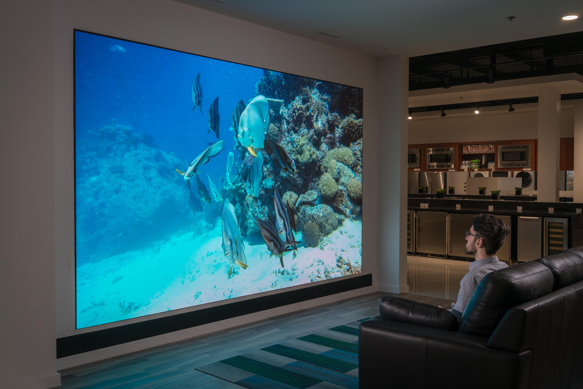 15 foot LED TV Wall (Photo: Business Wire)