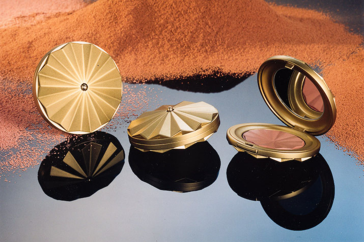 Carrafont compact coated with Spies Hecker, one of the premium refinish brands of Axalta Coating Systems (Photo: Axalta)