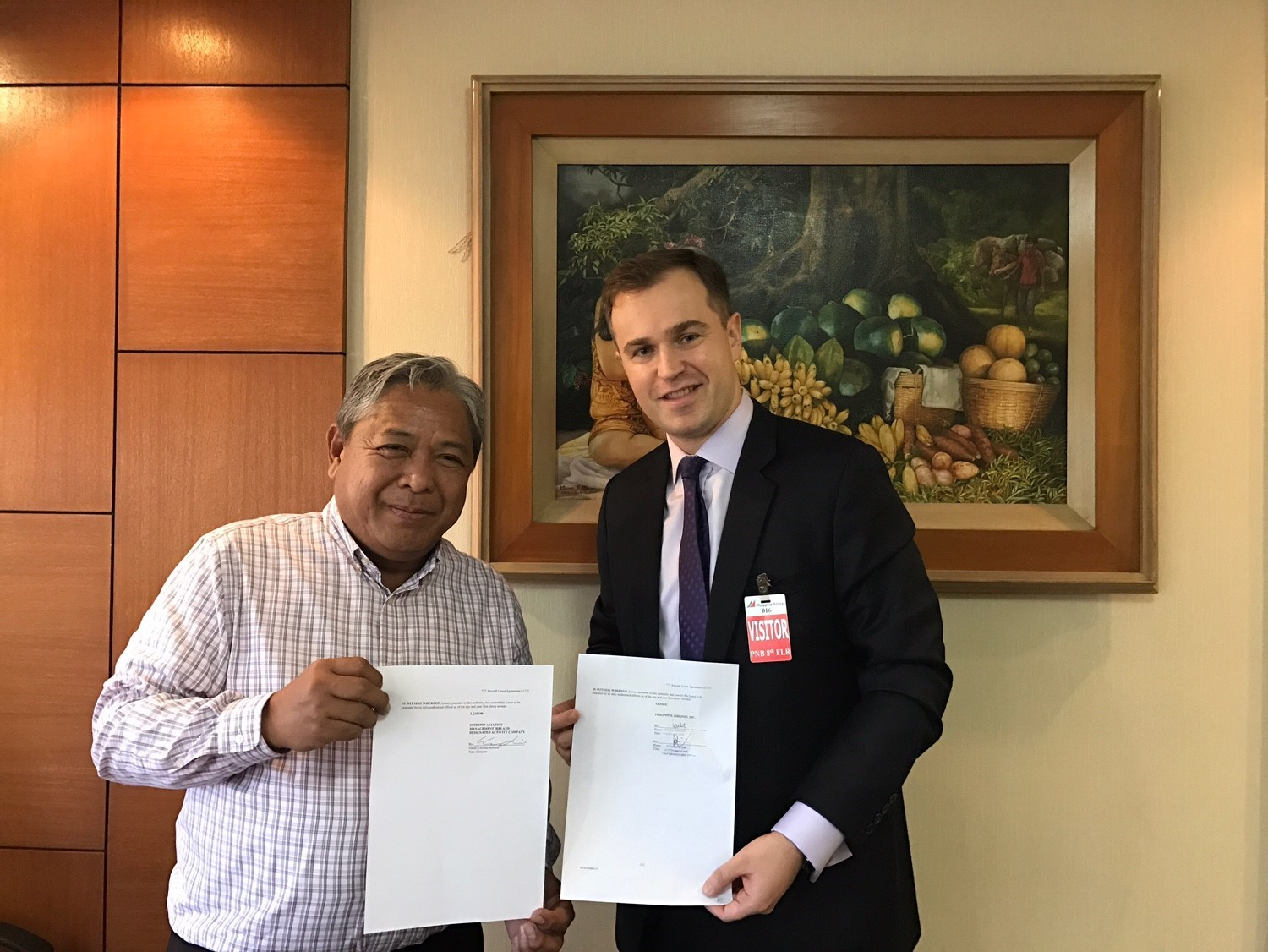 Mr. Jaime Bautista, President & Chief Operating Officer of Philippine Airlines and Mr. Stephen Lynch, Vice President-Marketing of Intrepid (Photo: Business Wire)