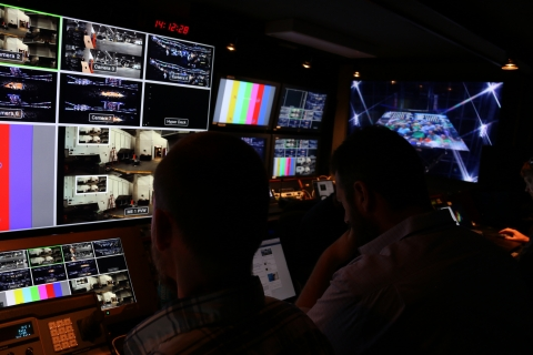 An Intel production room captures games footage using Intel True VR technology. During the NCAA March Madness tournament, Intel will showcase how Intel True VR and 360-degree replay technologies are creating immersive, highly personalized experiences for fans. (Credit: Intel Corporation)