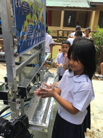 Watts Sponsors Water Filtration Tower at Elementary School in the Philippines on World Water Day (Photo: Business Wire)