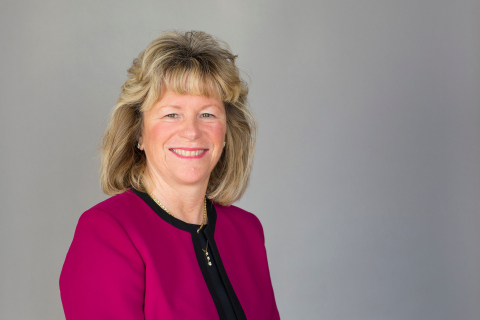 Symetra promoted Mary E. Bates to senior vice president and chief operations officer, Individual Life division. (Photo: Business Wire)