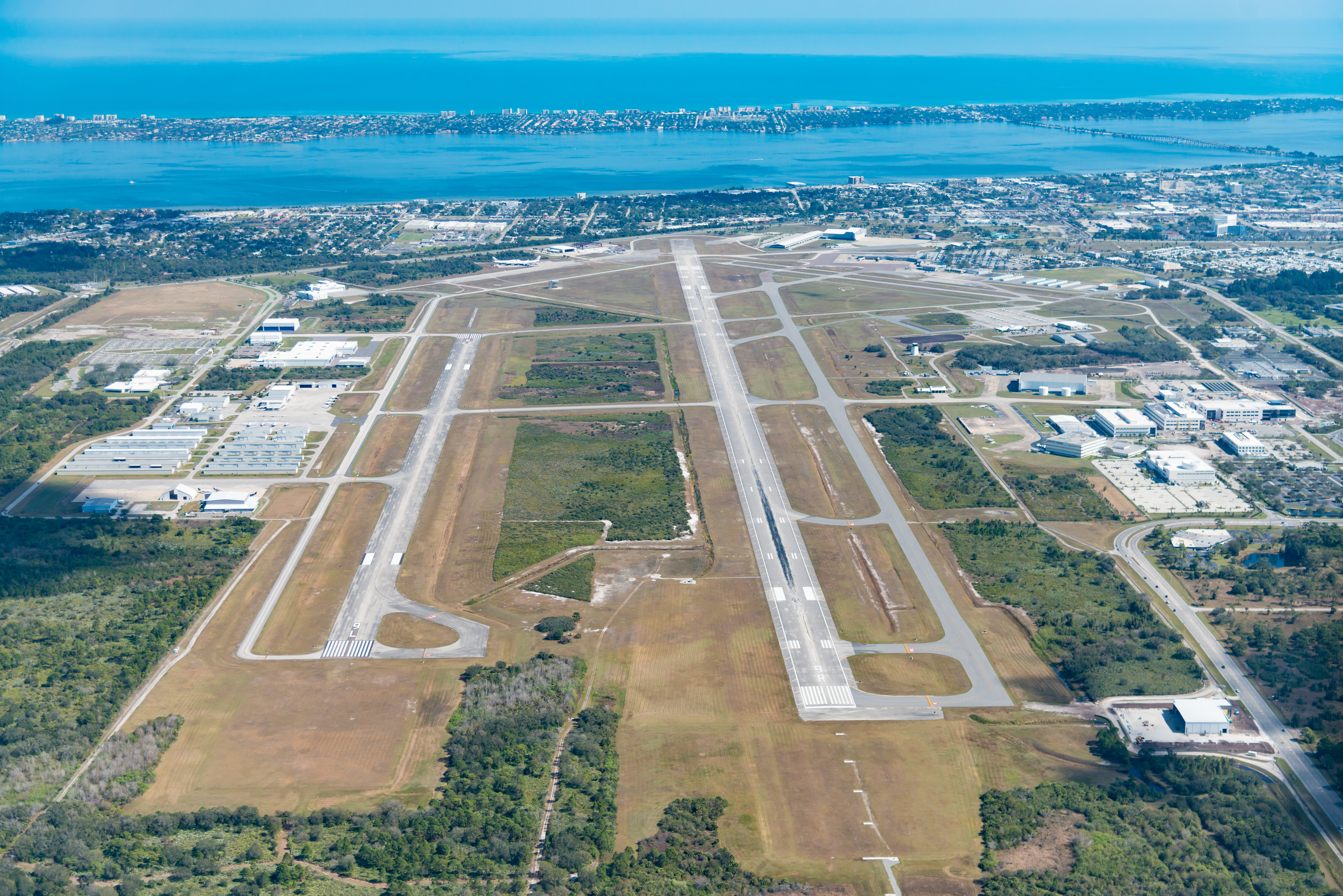 Considered one of most beautiful airport approaches in the U.S., Orlando Melbourne International Airport (MLB) is seeing an increase in passengers and international service. (Photo: Business Wire)