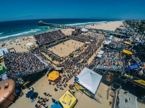 AVP will again host the Wimbledon of beach volleyball - the Manhattan Beach Open in 2017 (Photo: AVP)
