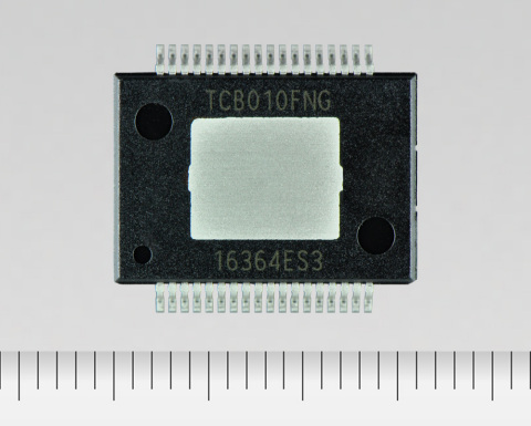 """Toshiba: a system regulator IC """"TCB010FNG"""" that integrates series regulators and detection functions for car audio. (Photo: Business Wire)"""